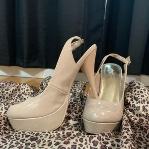 """Charlotte Russe """"Patricia"""" Nude Size 8 Heels"""